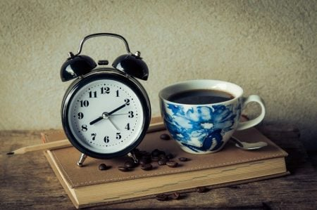 simple alarm clocks for seniors