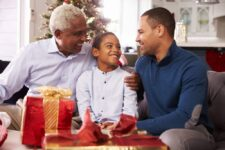 41+ Inexpensive Gifts for Senior Citizens You Can Buy Today
