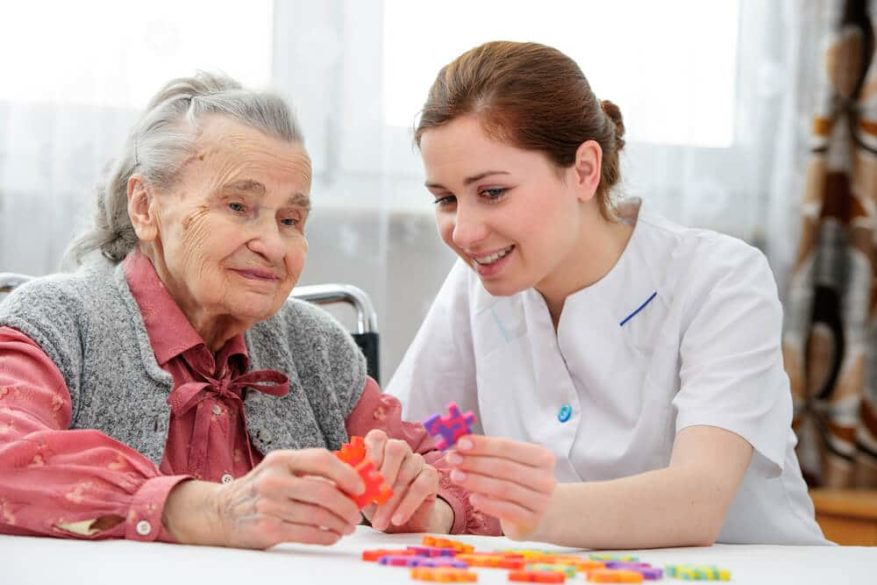 meaningful activities for dementia can include working puzzles