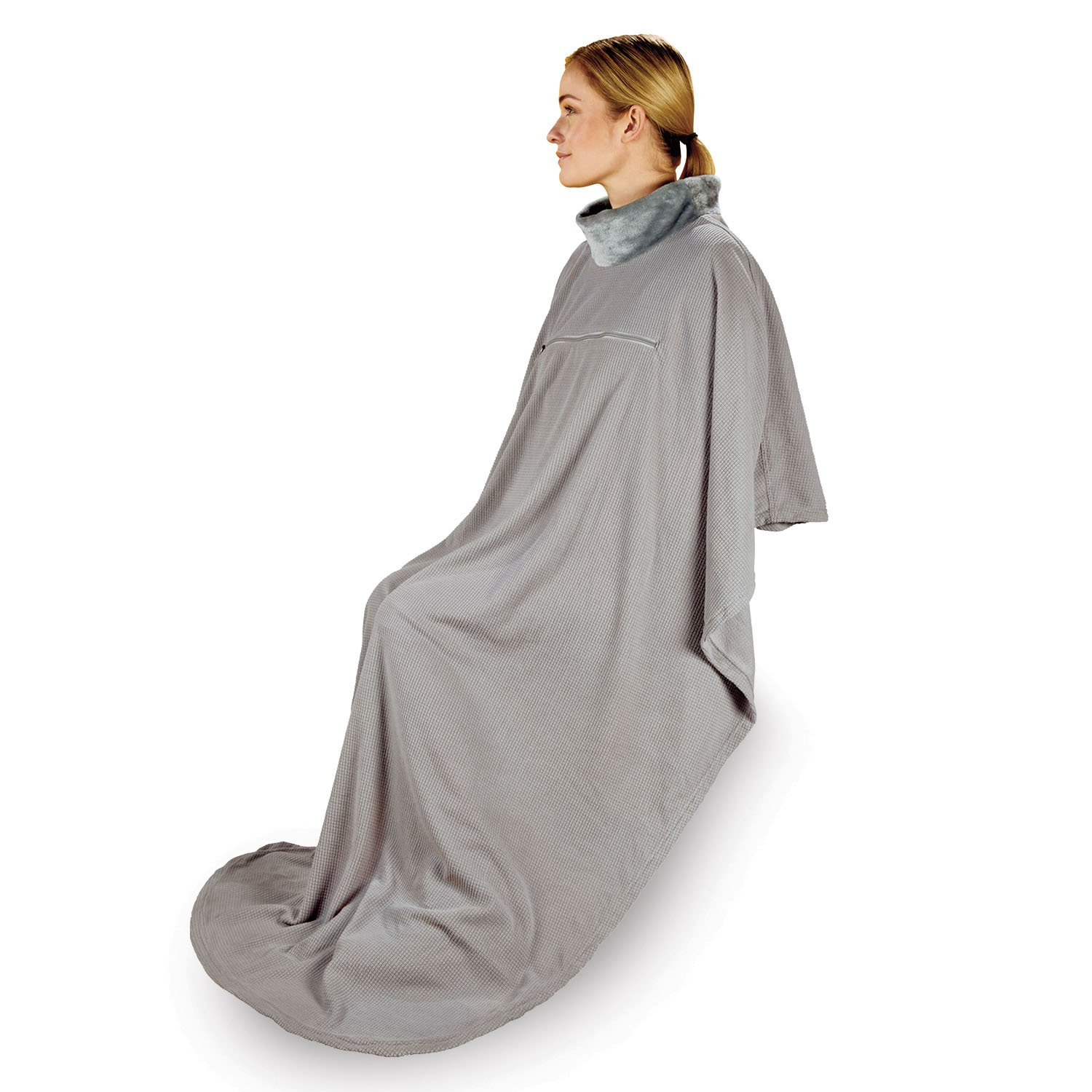 Briggs and Riley Deluxe Wearable Blanket