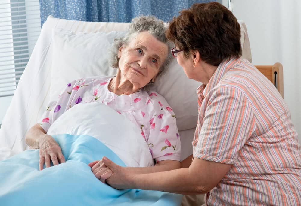 bedpans-for-bedridden-adults-1