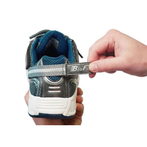 1. Orthofeet Sprint Tie-less Athletic Shoes for Men