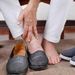 velcro shoes for swollen feet