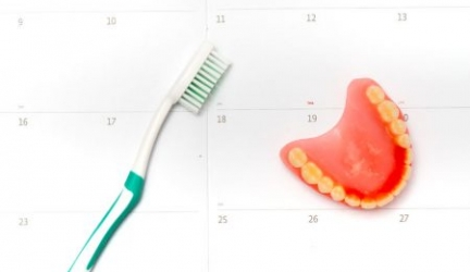 The Best Toothpaste for Dentures for a Clean and Fresh Mouth
