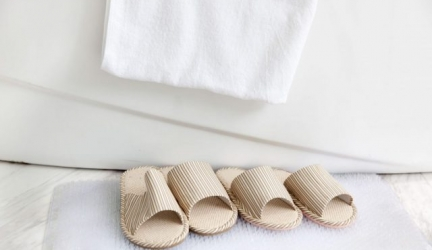 The Best Non Slip Bath Mats for Elderly People (And The Shower Too!)