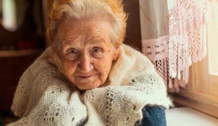 How to Help Elderly Neighbors: Making Life a Little Easier for Seniors Near You