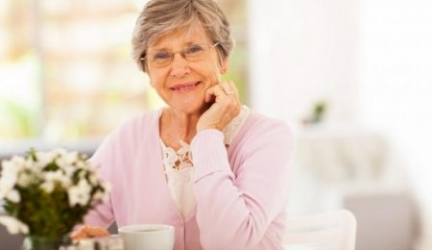 Best Coffee Maker for the Elderly: A Safe and Easy Cup of Joe!